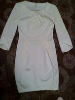 Платье нарядное белое молочное тюльпан рукав 3/4 сукня