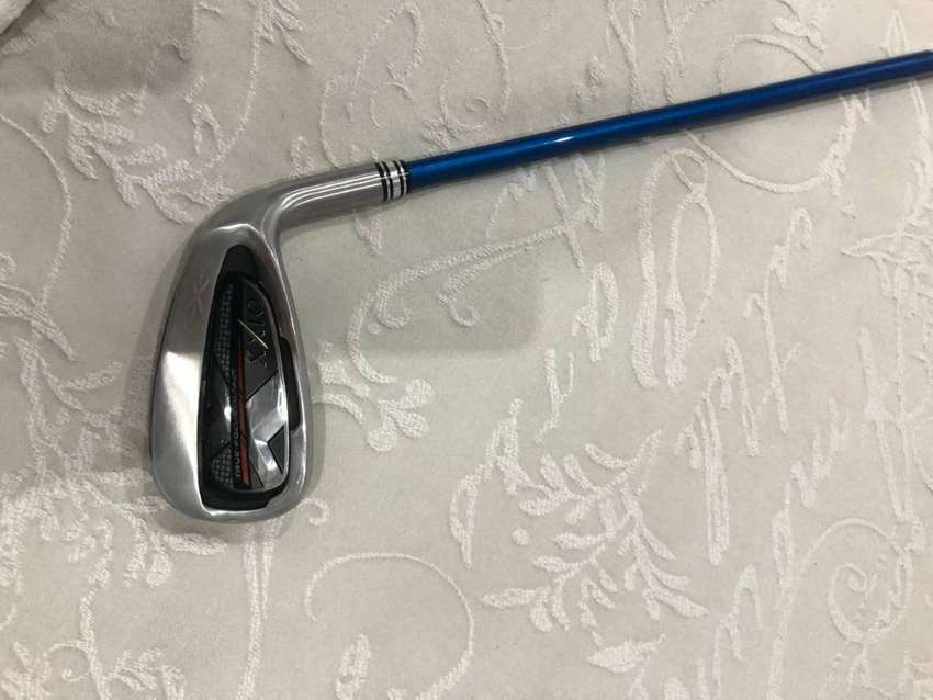 have brand new (fake) XXI0 golf clubs for sale 0