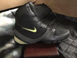 Оригинальные тёплые кроссовки Nike. Размер 40, стелька 25.5 см