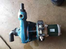 Used Hydraulic pumps a motor and hydraulic water pump. Working cond.