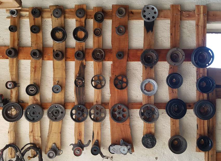 Opel Corsa 1.7 Pulleys For Sale 0