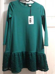 Sukienka nowa z koronka 140
