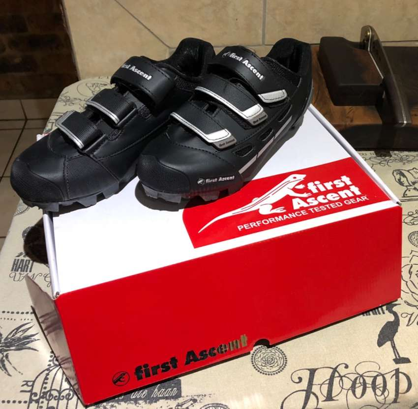 First Ascent Pioneer 2 MTB shoes 0