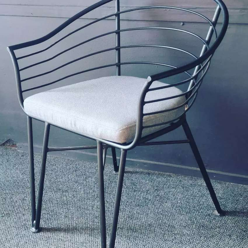 Restaurant chairs brand new designs. House of chairs. 0