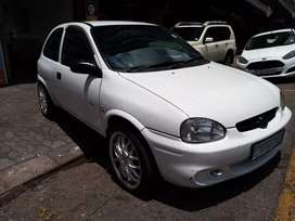 Opel corsa Lite 1,4 R143,000 negotiable