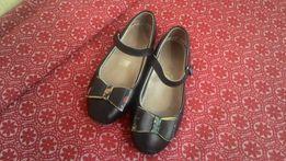 Продам туфельки для школы,31-й размер.В идеальном состоянии!