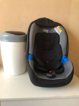 Baby car seat and tommie tippie dustbin