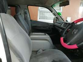 Toyota quantum 2.7 petrol for sell 2010 model