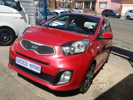 2013 Kia picanto 1.2 Automatic with a sunroof