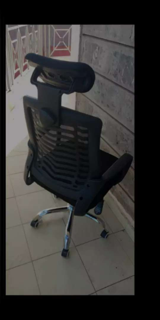 Office chair o 0