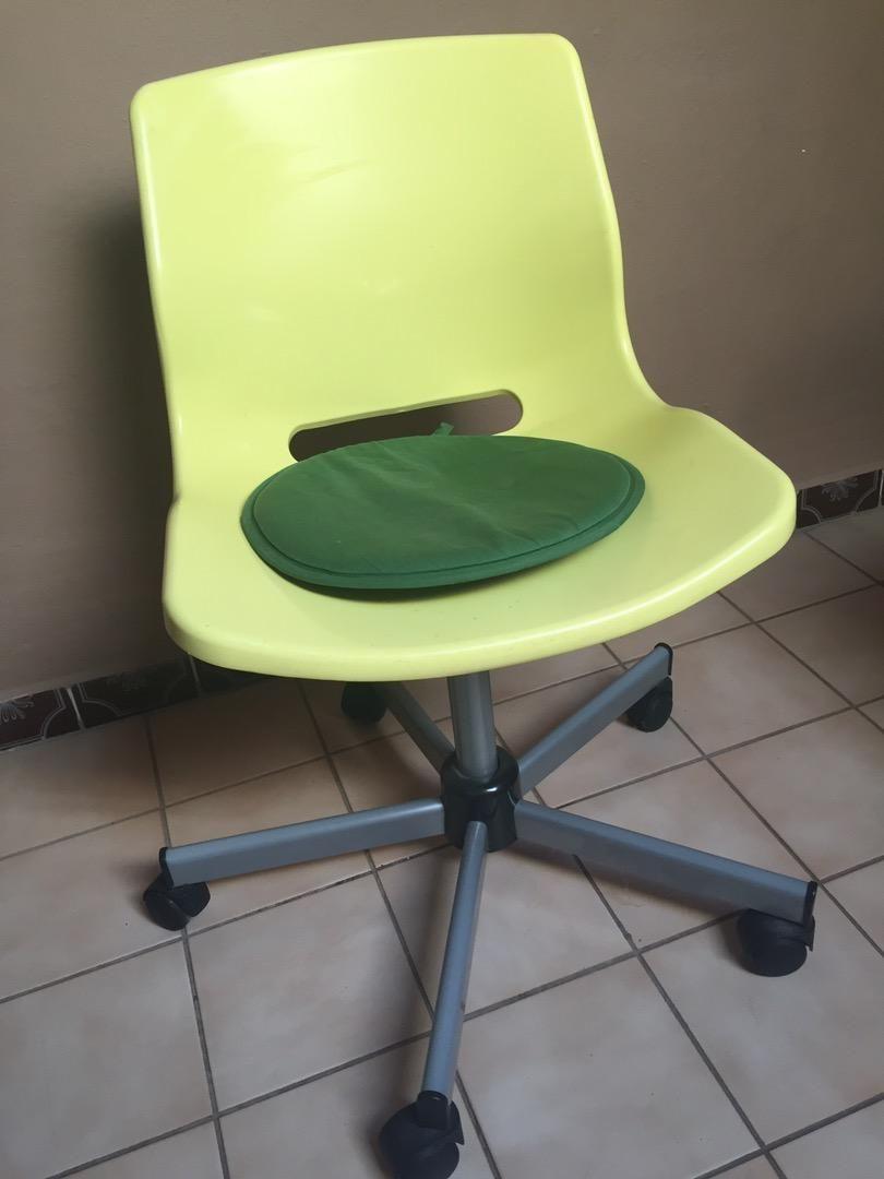 Jezdící židle ke stolu 0