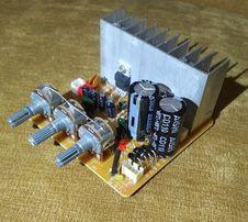 Плата усилителя мощности Sven, микросхема TDA 2030A.