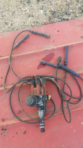 Mercedes Benz 280 se  ignition distributor complete with cables