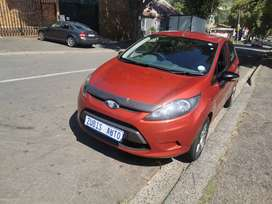 2009 FORD FIESTA WITH AN ENGINE CAPACITY OF 1,4
