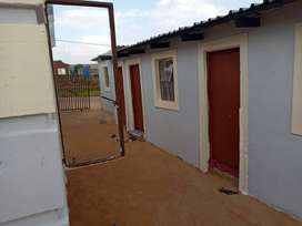 Rooms available in lusaka for rental R800.00 a month including electri