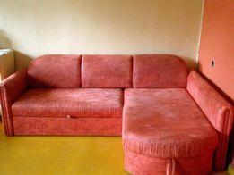 Красный угловой диван.2спальных места.Ниша/белья.КачествоМягкий уголок