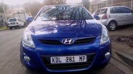 HYUNDAI I20 IN EXCELLENT CONDITION, PRICE NEGOTIABLE