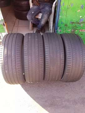 4 tyres for sale 225/55/R19 Michelin latitude sport 3