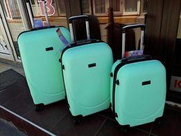 Большой чемодан wings Польша оригинал мятный! Валіза на колесах 850 гр