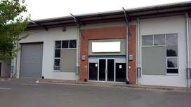 TO LET: 680 SQM A-GRADE WAREHOUSE OR RETAIL SHOWROOM IN HONEYDEW.