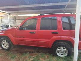 2.8 Jeep Cherokee limited