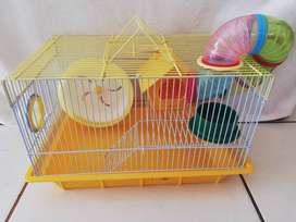 Hamster carrier cage, including accessories