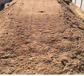 Building Sand for Sale /10 m Tipper for hire