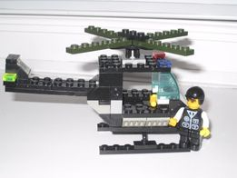 Полицейский самолет за 35 грн и космич. ракета ф.BRICК 35 грн.