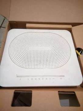 Complete Home Fibre WiFi router set (Valued at R2499 brand new)