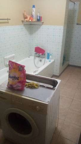 2bdr 2 bathroom flat to share