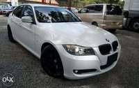 BMW 320i Pearl white sports Black Chrome plates Xenon Fully loaded 0