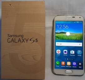 Samsung Galaxy S5 with extra battery (NEW)