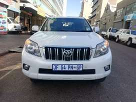 Toyota land cruiser 4.0 automatic for SELL