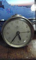 Часы - будильник СССР Ереван