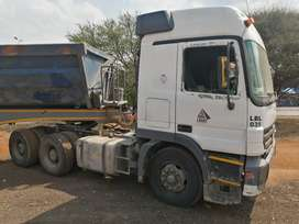 MERC ACTROS 2648 AUTOMATIC & AFRIT SIDE TIPPER LINK