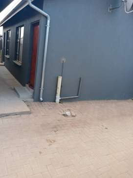SPACIOUS ROOM TO RENT AVAILABLE NOW at Crystal Park Ext 32 Benoni