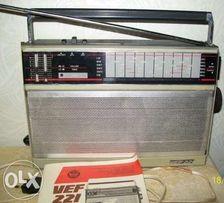 Продам переносной сетевой радиоприемник VEF 221. Без торга.