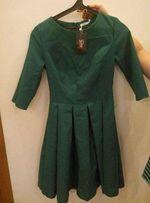 Платье женское новое, размер М.