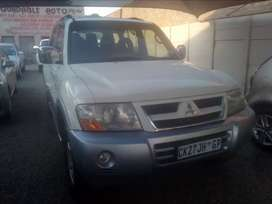 2003 Mitsubishi Pajero in good running condition for sale