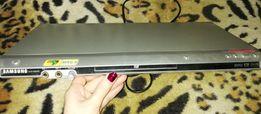 Продам DVD плеер Samsung DVD-P365KD