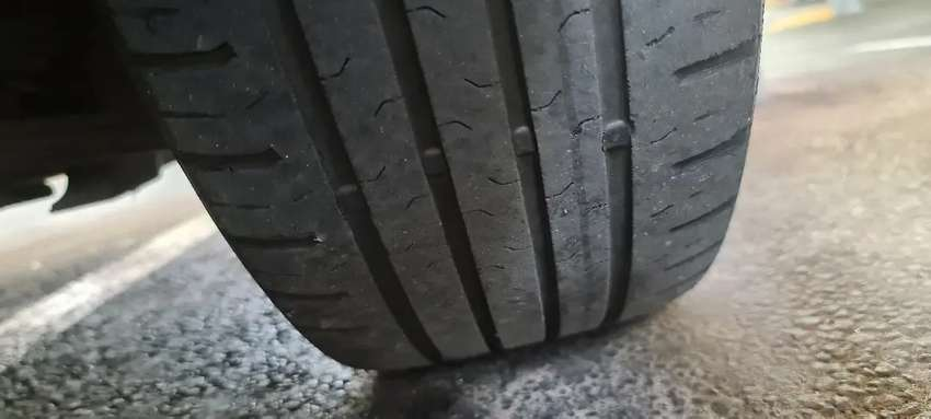 4 x Continental eco contact 5 tyres 195x55x16 0