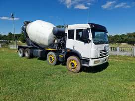 2014 FAW 33-330 Twinsteer 8 cube Concrete Mixer