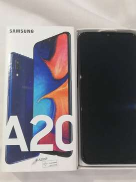 Samsung Galaxy A20,excellent condition, in the box with warranty