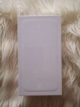 Brand New  Iphone 6  64gb sealed with all accessories