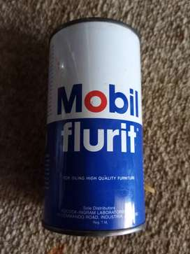 Mobil, small can