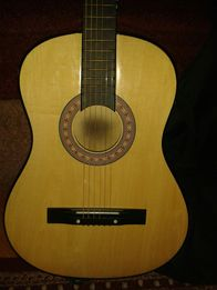 Гітара з чехлом