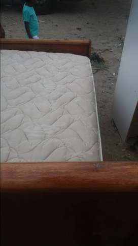 2nd slay bed in good condition