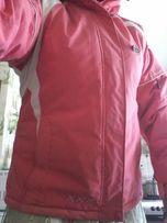 Продаю Лыжную теплую красную куртку размер 50-52