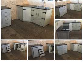 Kitchen Cupboard Cottage series 2700 Combo Grey washed