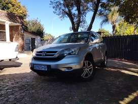 2.0 manual honda CRV in a good condition accident free.